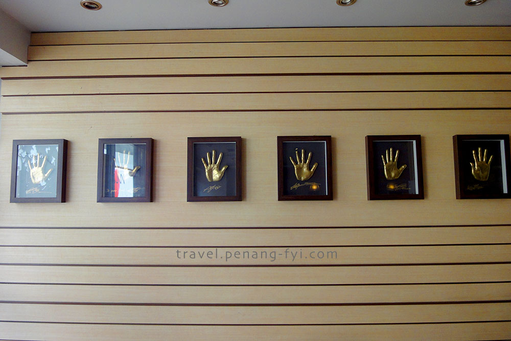 Shinhwa handprints