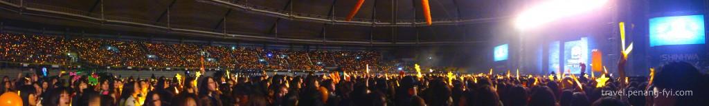 seoul-shinhwa-2012-concert-panaromic