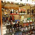 nakamise-shopping-street-souvenir-2