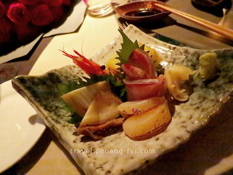 hk-aqua-valentines-dinner-main-dish