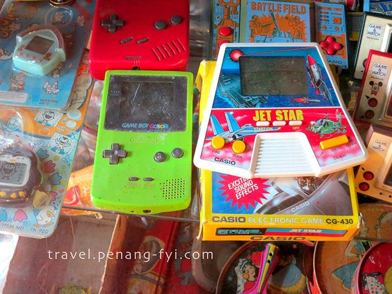 penang-ben-vintage-toy-museum-gameboy