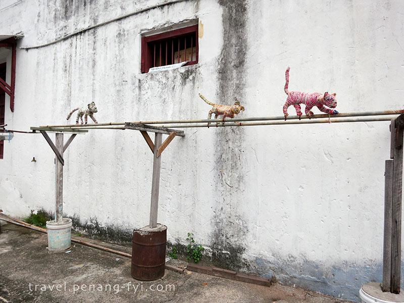 penang-wall-painting-woven-cats