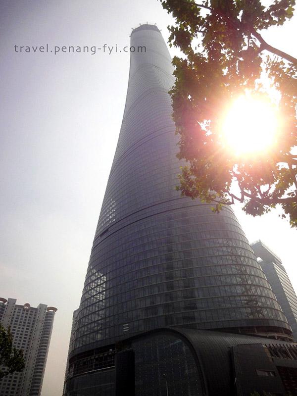 Shanghai Tower in making