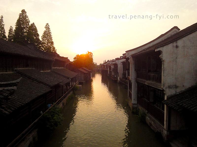 Sunset at Wuzhen