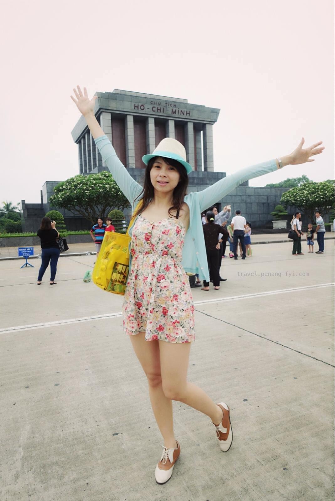 Ho-Chi-Minh-Mausoleum-01