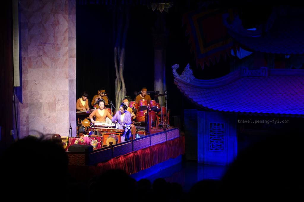 hanoi-water-puppet-theatre-02
