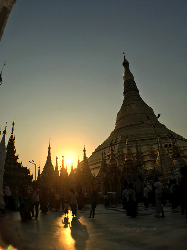 shwedagon-pagoda-sunset-4
