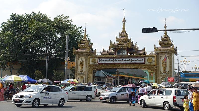 yangon-botauhtang-pagoda-2