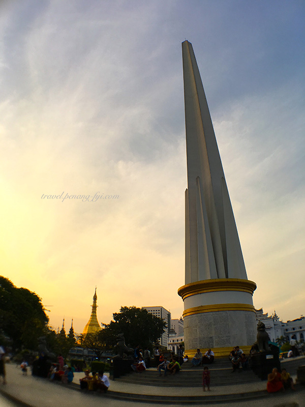 yangon-independence-monument-2