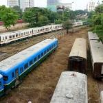 yangon-railway-station-abandoned-trains