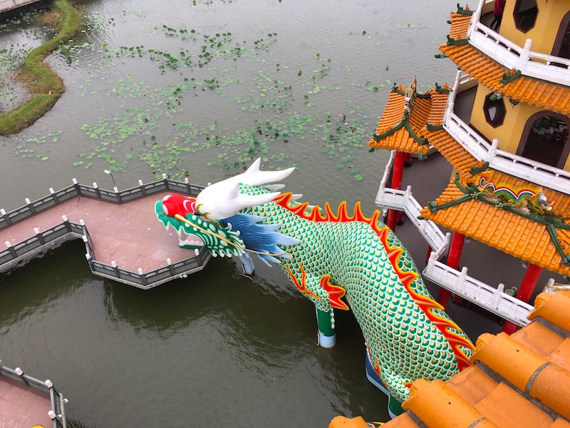 dragon-tiger-pagoda-kaohsiung-3