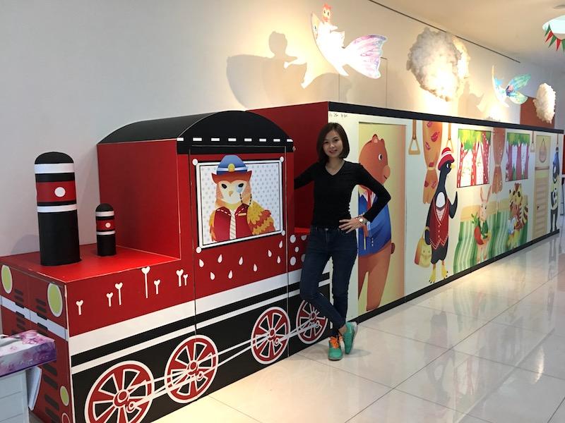 kaohsiung-legend-hotel-lobby-train