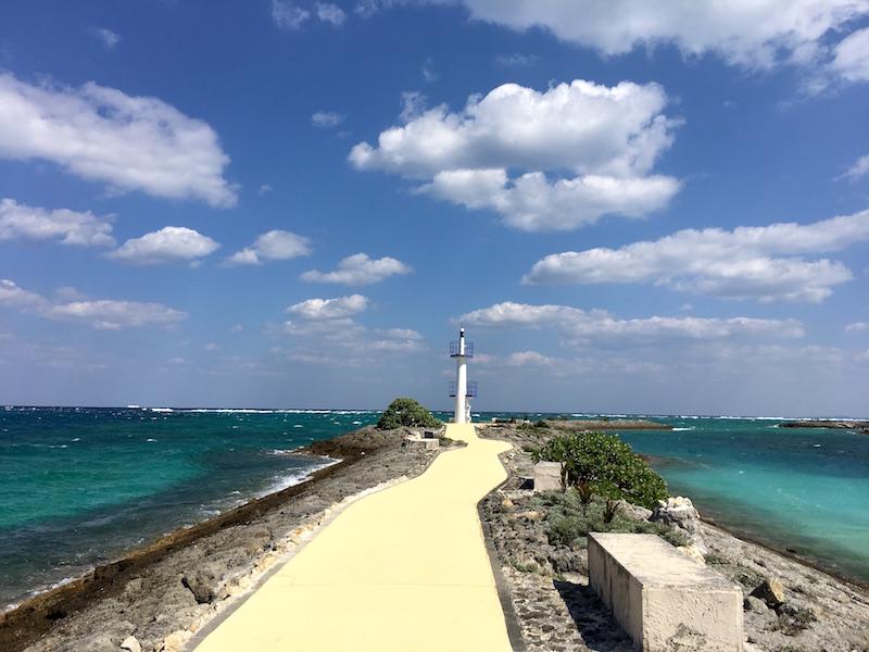 beach-lighthouse-sheraton-sunmarina
