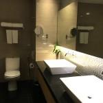 kk-horizon-hotel-washroom
