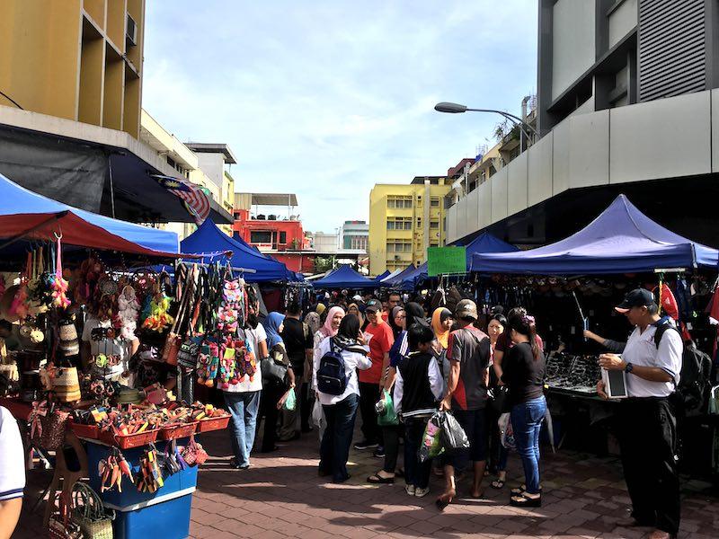 kota-kinabalu-sunday-market-gaya-street