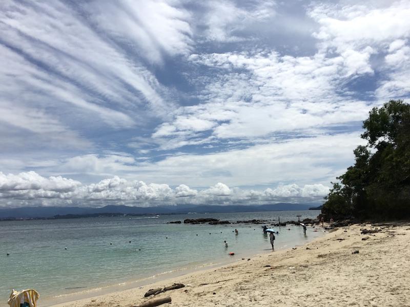 sapi-island-beach