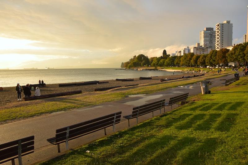 english-bay-beach-dusk